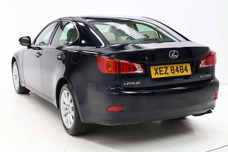 pre owned lexus is 220d 2 2td se i by lexus belfast belfast. Black Bedroom Furniture Sets. Home Design Ideas